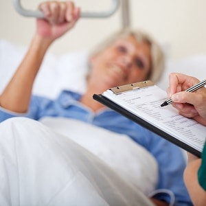 Begutachtung am Pflegebett