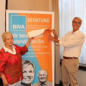 Corinna Schroth und Dr. Manfred Stegger enthüllen den neuen Namen der BIVA