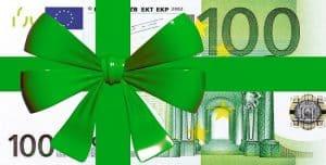 Hundert-Euro-Schein in grüner Geschenkschleife