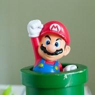 Super Mario mit geballter Faust